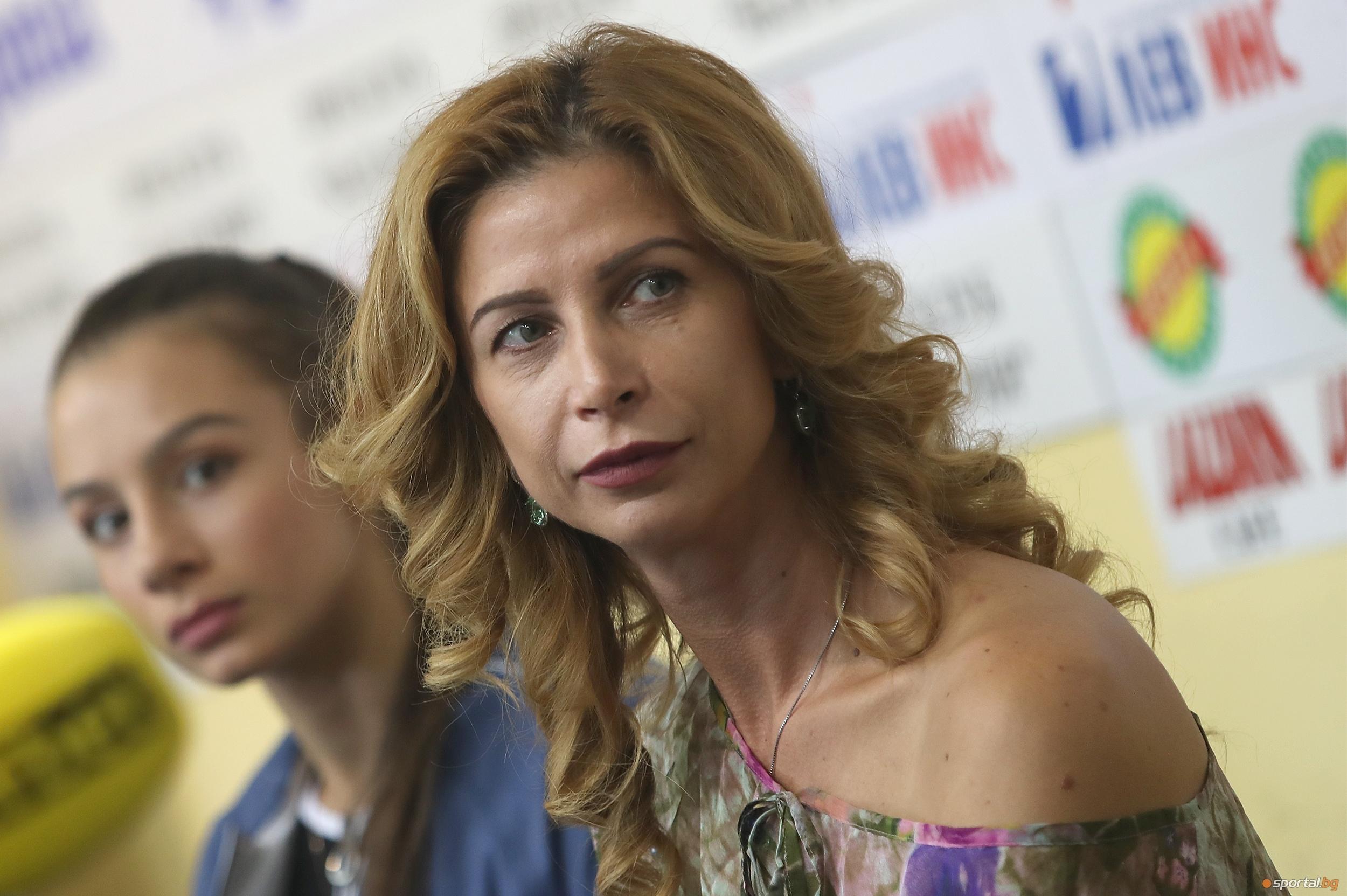 Треньорът на българския ансамбъл по художествена гимнастика Весела Димитрова коментира