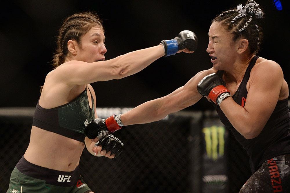 Бившата шампионка на UFC в категория сламка Карла Еспарза (САЩ)