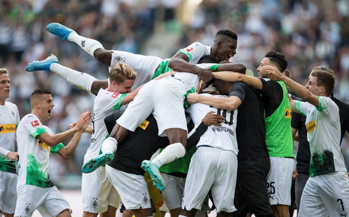 Борусия (Мьонхенгладбах) успя да се съвземе след кошмарното 0:4 от