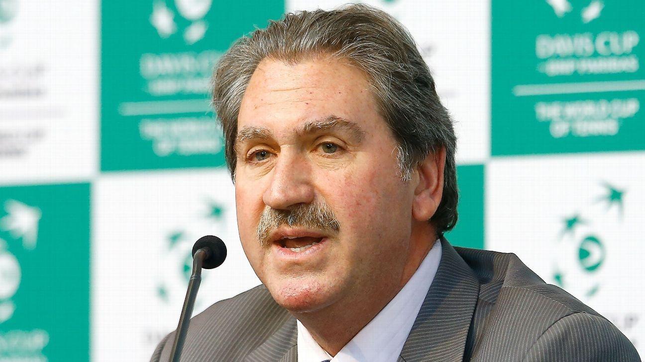 Дейвид Хегърти беше преизбран за президент на Международната федерация по