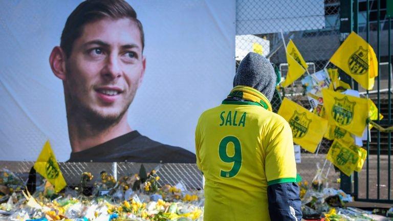 Снимка: ФИФА отсъди: Кардиф трябва да плати 6 милиона на Нант за трагично загиналия Сала