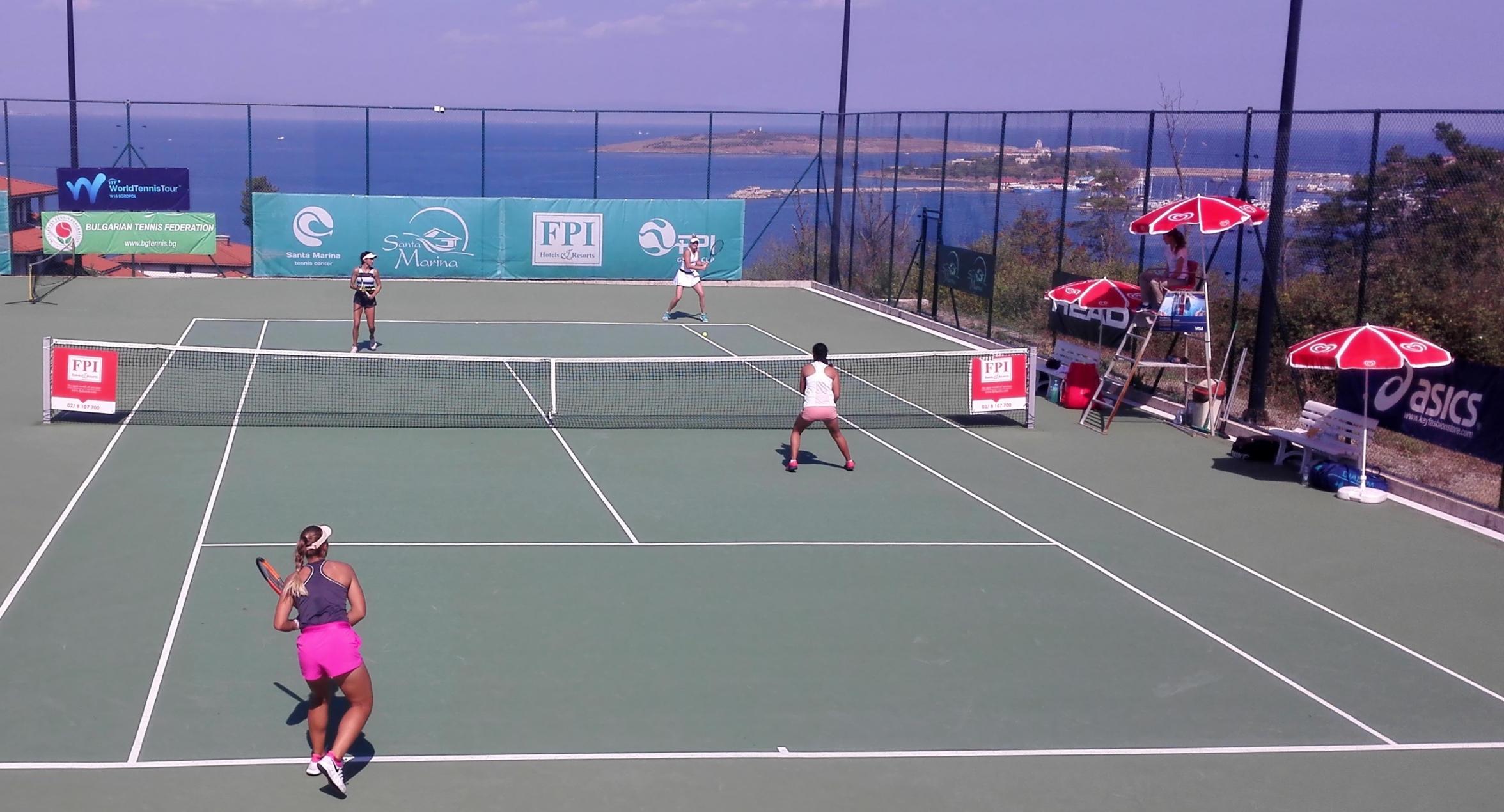Габриела Михайлова и Лия Каратанчева се класираха за втория кръг