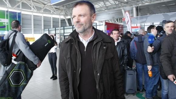 Стойчо Младенов остава старши треньор на Кайсар и през следващата