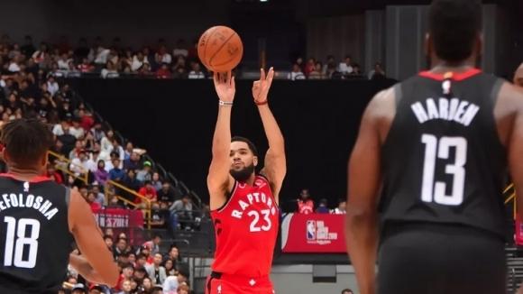 Шампионът в НБА Торонто започна с победа подготовката си за
