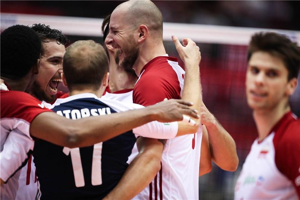 Световните шампиони от 2014 и 2018 година от Полша постигнаха