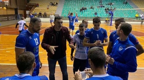 Мъжкият волейболен отбор на Левски победи ЦСКА с 3:2 (25:22,
