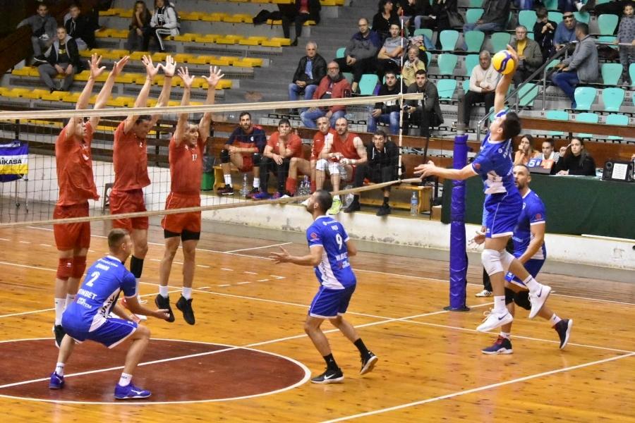 Отборите на Левски и Миньор (Перник) се класираха за финал