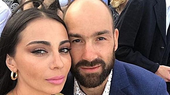 Гръцката баскетболна звезда Василис Спанулис и очарователната му съпруга Олимпия