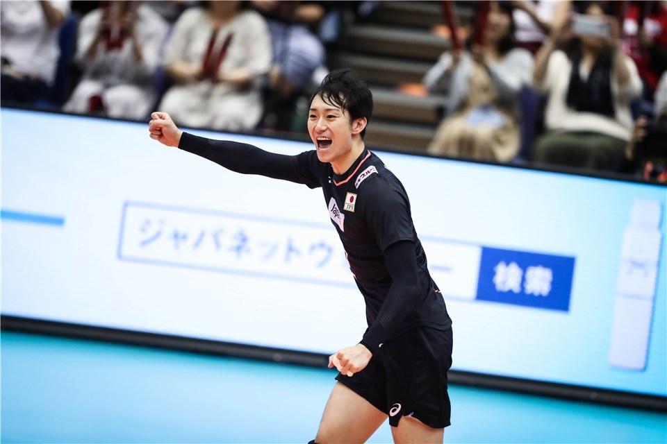 Мъжкият национален отбор на Япония по волейбол се поздрави с