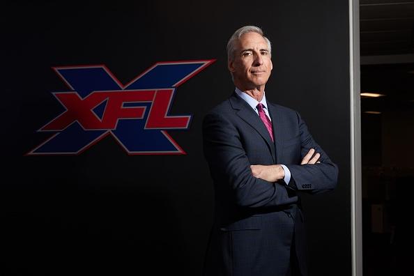 Стартиращата догодина XFL иска да примами колежански куотърбекове с гарантирани