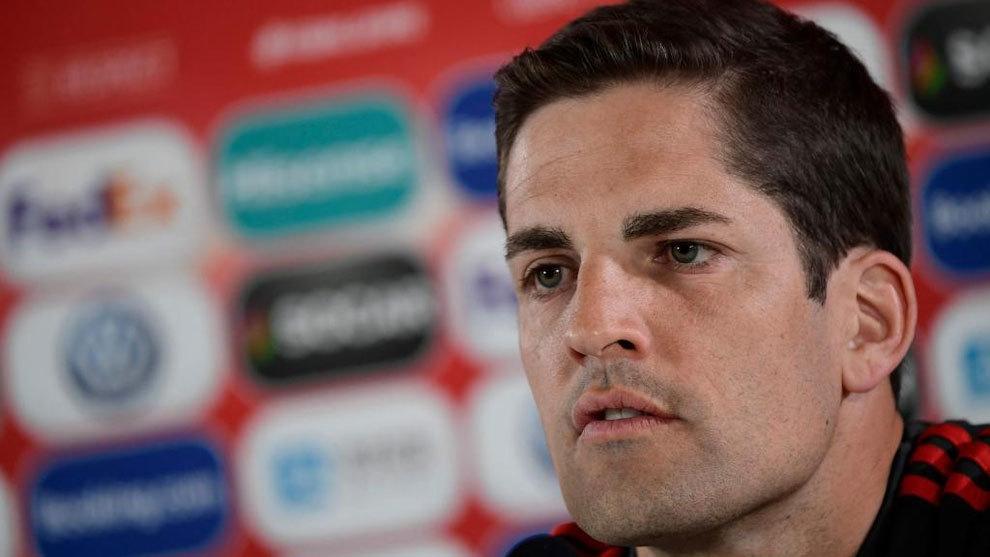 Селекционерът на Испания Роберт Морено изрази съжалението си, че отборът