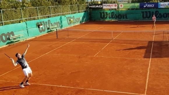 Българите Пьотр Нестеров и Симеон Терзиев загубиха финала на двойки