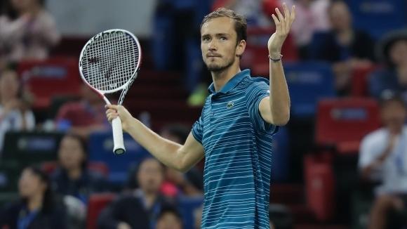 Даниил Медведев продължава да доминира мъжкия Тур, като поредният му