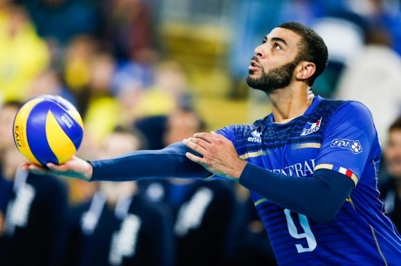 Раздори тресат мъжкият национален отбор на Франция, който ще бъде