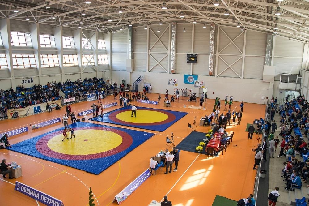 Петрич посреща 9-ото издание на турнира по свободна борба