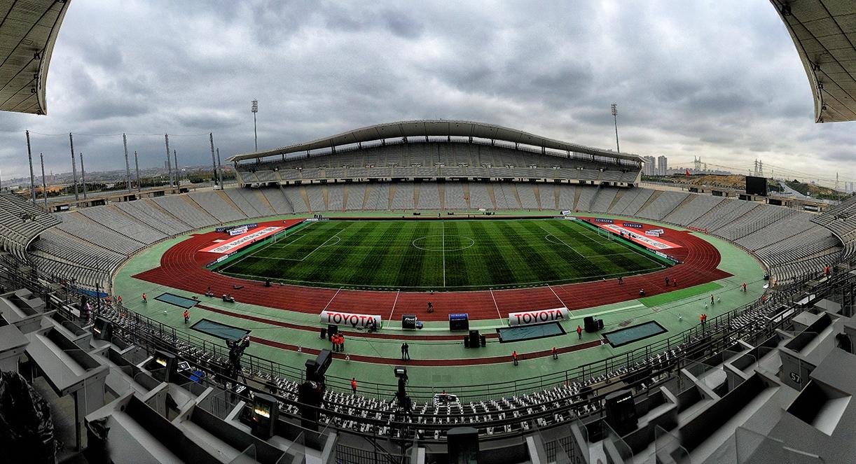 УЕФА ще обмисли дали да отнеме от Истанбул домакинството на