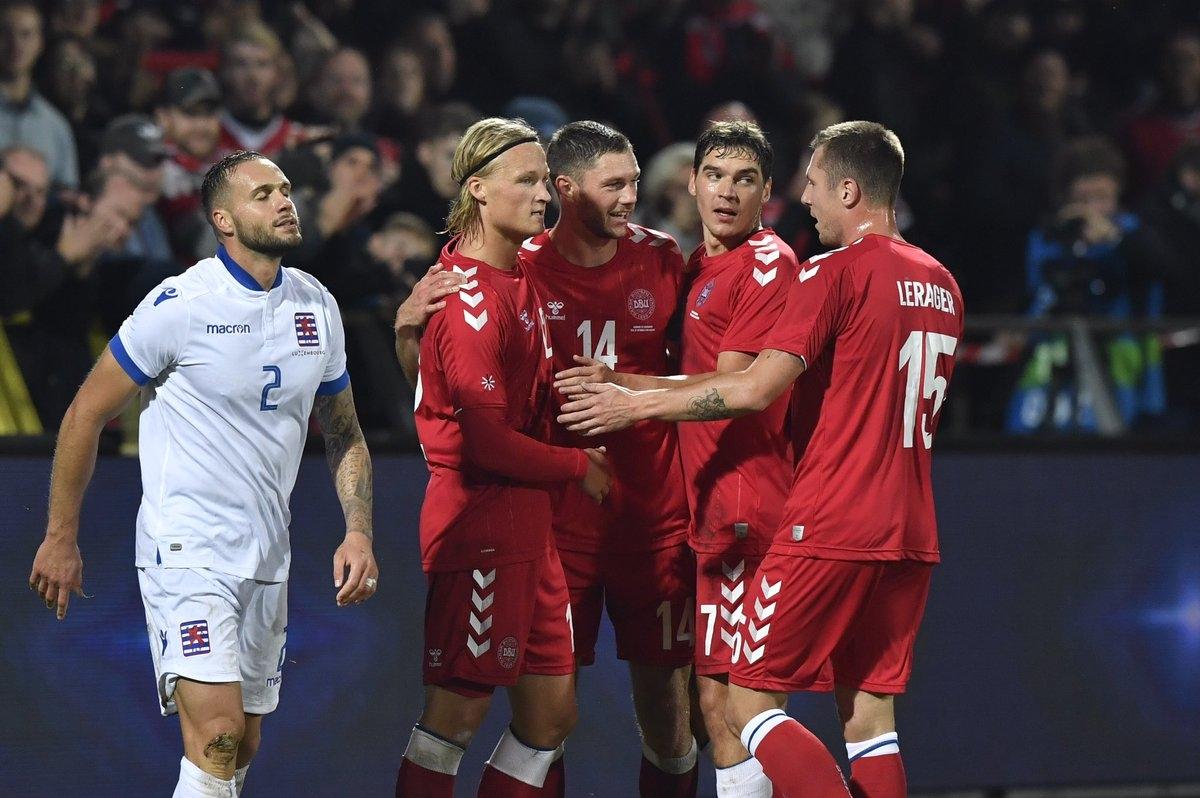 Националният отбор на Дания постигна разгромен успех с 4:0 срещу