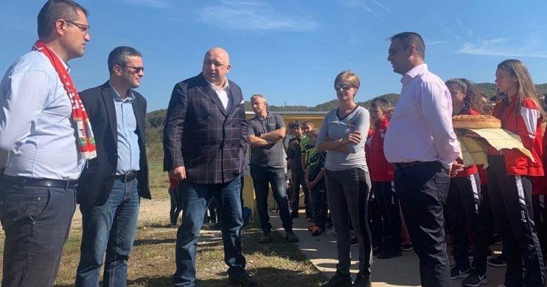 Министърът на младежта и спорта планира изграждането на два ролбана