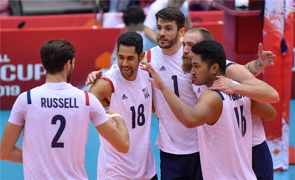 Националният отбор на САЩ по волейбол завърши с бронзовите медали