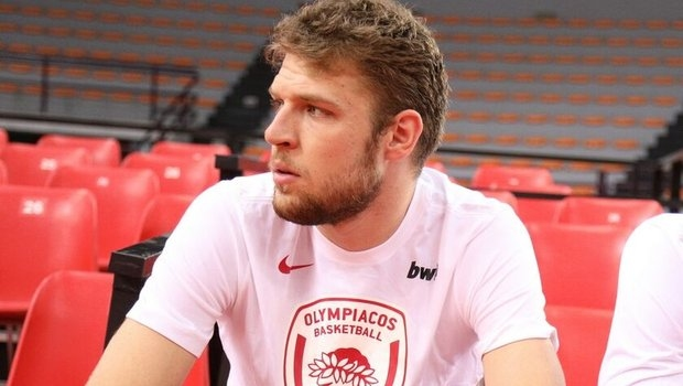 Най-добрият ни баскетболист в момента Александър Везенков е готов да