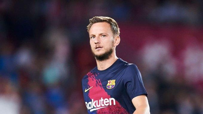 Полузащитникът на Барселона Иван Ракитич, който възнамерява да напусне клуба,