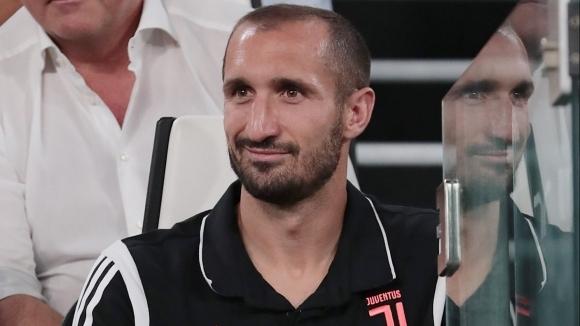 Защитникът на Ювентус Джорджо Киелини се очаква да се завърне
