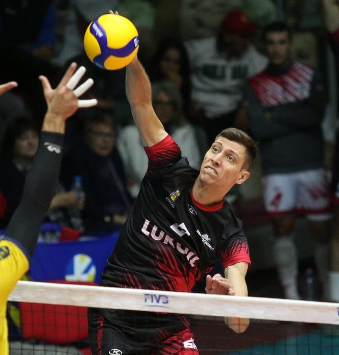 Жани Желязков бе избран за играч на мача Нефтохимик –