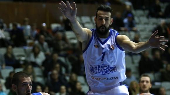 Симеон Илиев е един от най-опитните баскетболисти в иначе младия