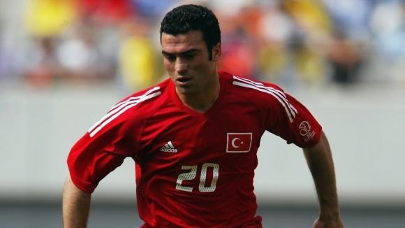 Шефът на професионалните футболисти в Турция Хакан Юнсал даде ексклузивно