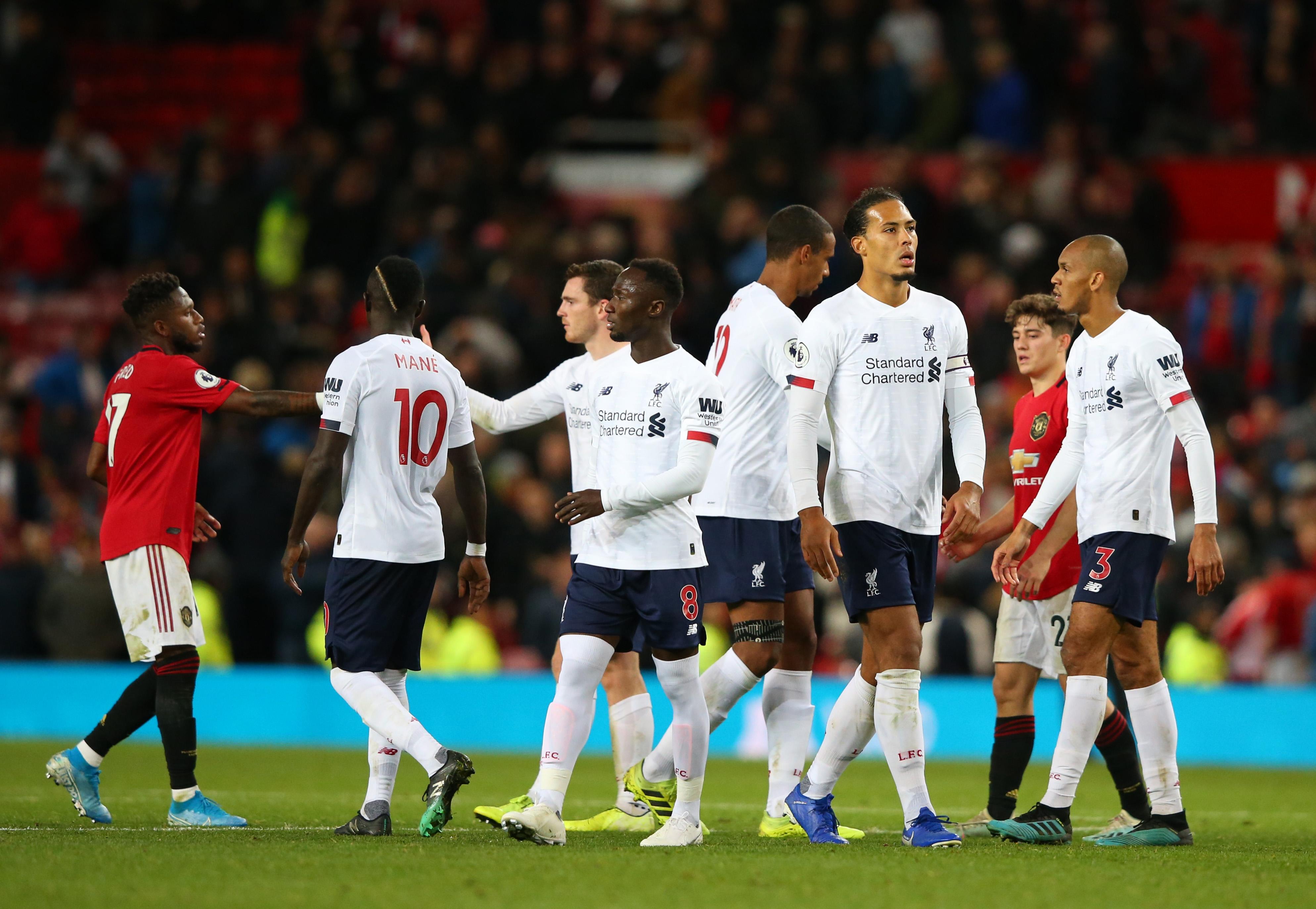 Голямото дерби на Англия Манчестър Юнайтед срещу Ливърпул си остава