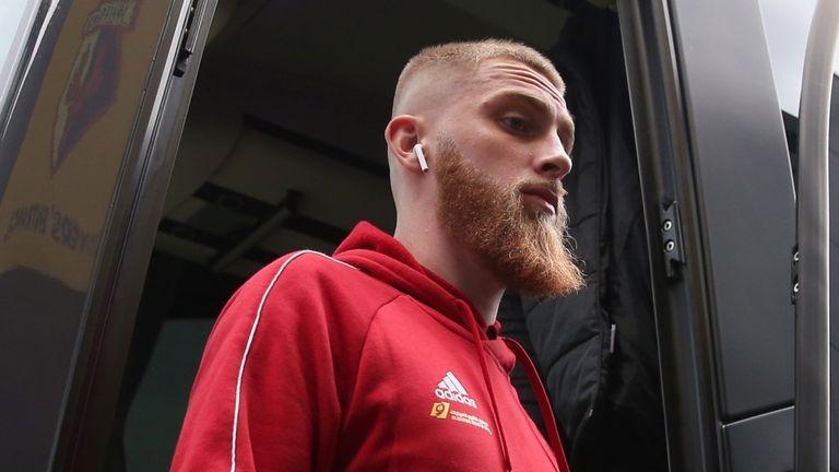 Нападателят Оли Макбърни от Шефилд Юнайтед ще бъде съден за