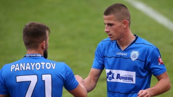 Турският гранд Галатасарай е харесал изявите на младия български футболист