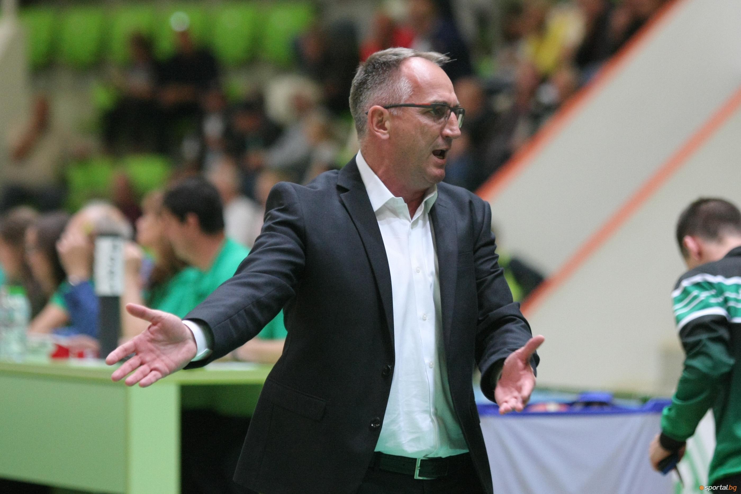 Старши-треньорът на Балкан (Ботевград) Йовица Арсич остана здраво стъпил на