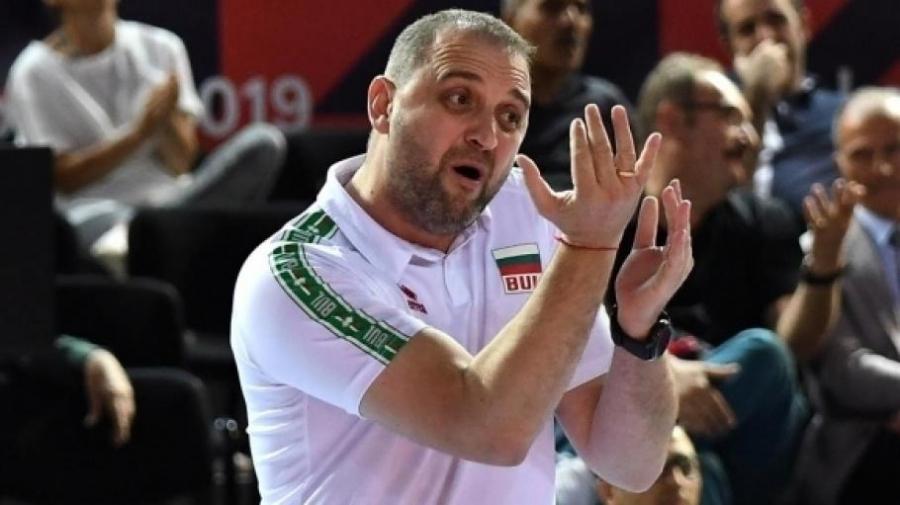 Селекционерът на женския национален отбор Иван Петков обяви списъка на