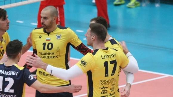 Хебър победи ЦСКА с 3:2 в среща от волейболната Суперлига.