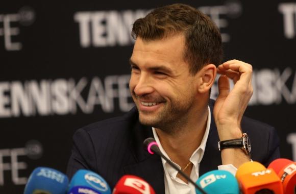 Григор Димитров обяви, че в момента е без треньор. Въпреки