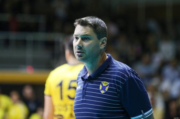 Наставникът на волейболния Хебър (Пазарджик) Атанас Петров остана доволен от