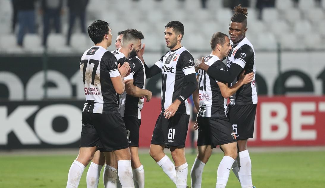 Чуждестранен футболист се очаква да дойде в Локомотив (Пловдив) до