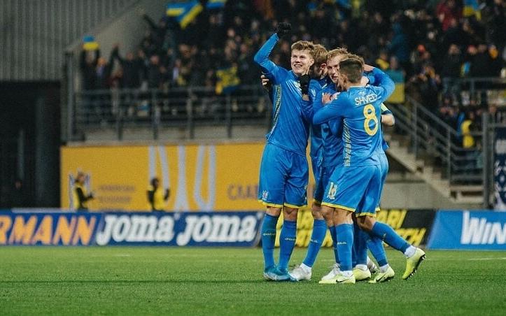 Украйна се класира за финалите на Евро 2020 още през