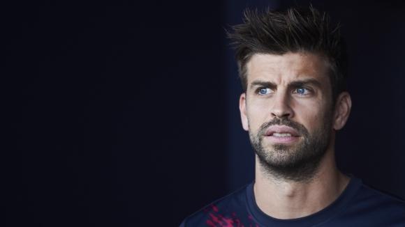 Защитникът на Барселона Жерард Пике коментира темата с отложеното Ел