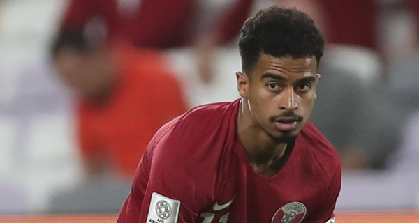 Катарският нападател Акрам Афиф е един от номинираните в списъка