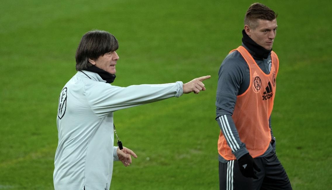 Селекционерът на Германия Йоахим Льов не счита, че неговият отбор