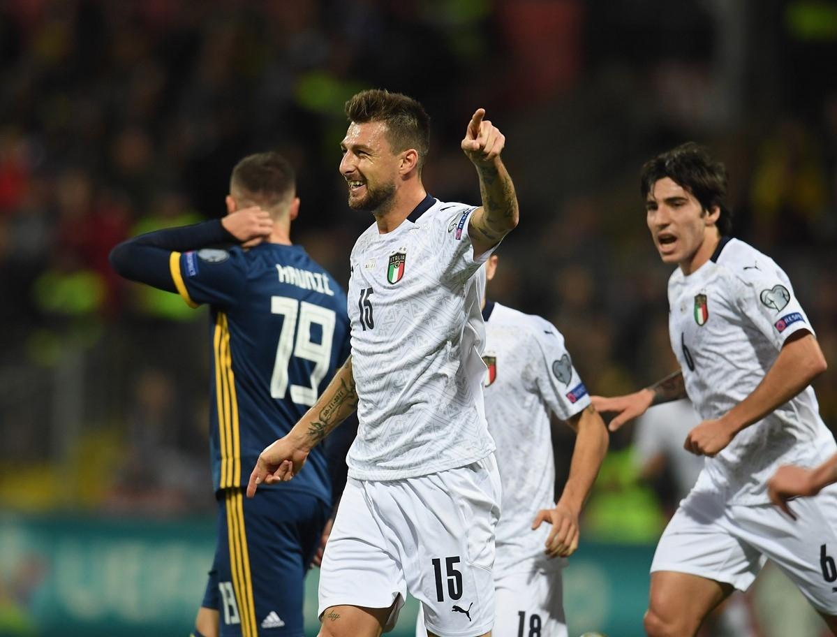 Отборът на Италия продължи перфектната си серия в евроквалификациите, като