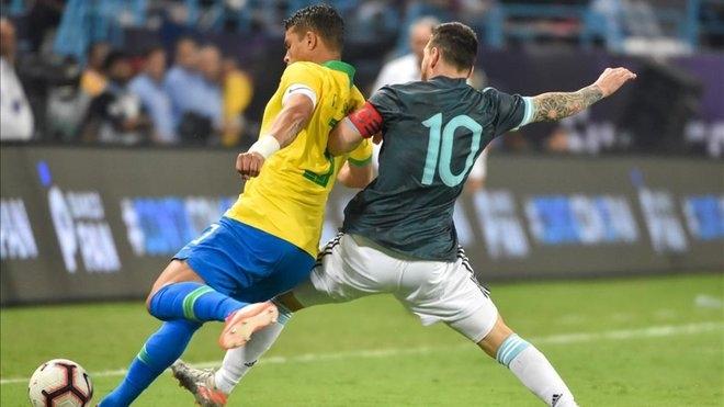 Капитанът на Бразилия Тиаго Силва също изрази разочарованието си от