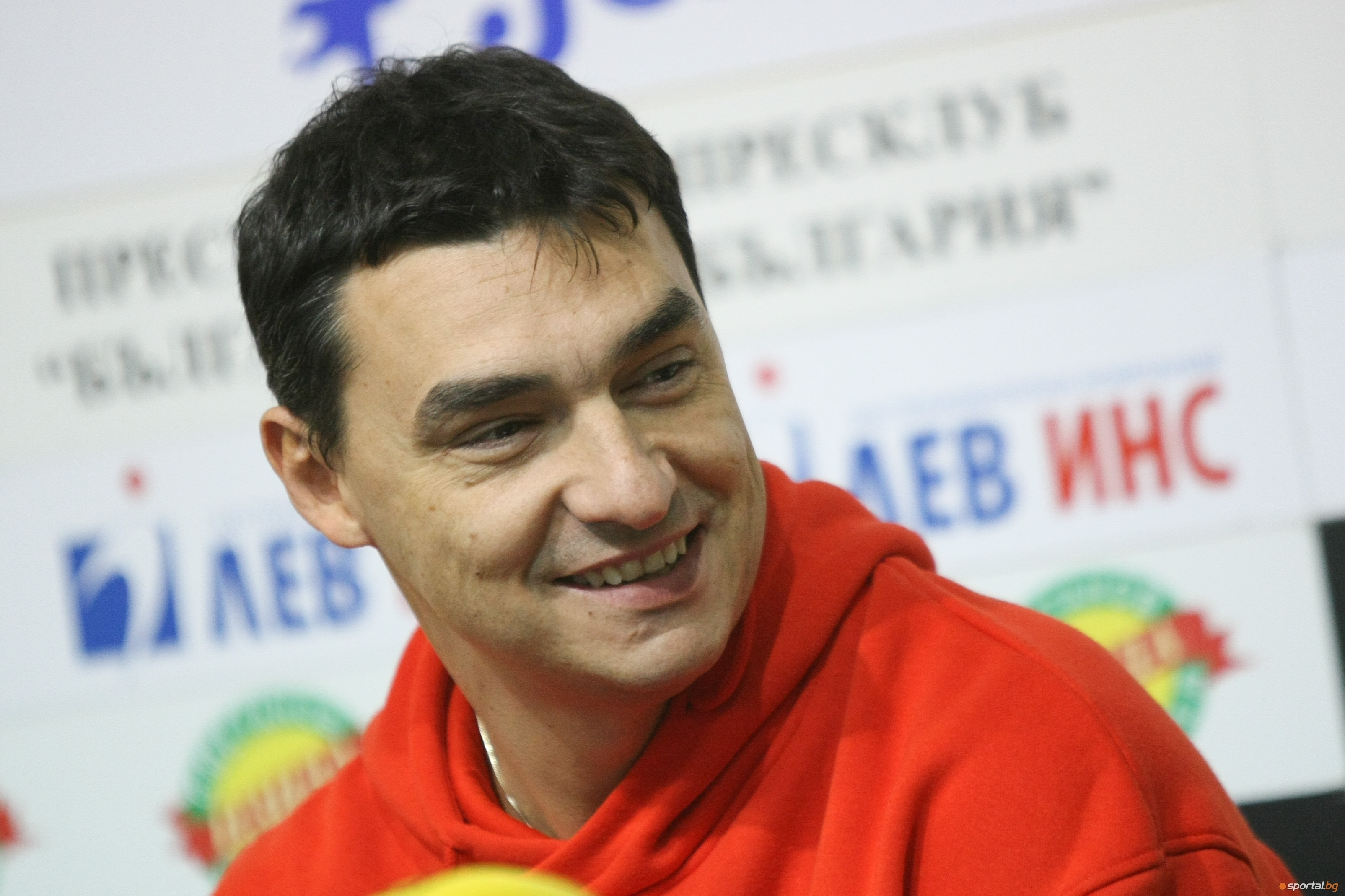 Бившият капитан на националния отбор Владимир Николов заяви, че дължимата