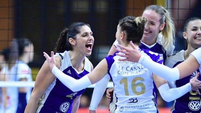 Българските волейболисткиЕва ЯневаиПетя Бараковаи техният Волеро (Льо Кане) записаха шести