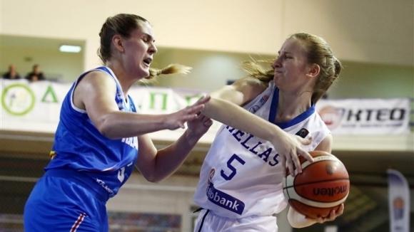 Националният отбор на Гърция постигна изразителна победа с 89:54 (28:12,