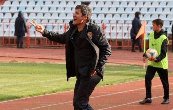 Старши треньорът на Шахтьор (Караганди) Николай Костов е близо до