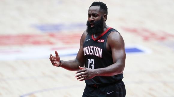 Хюстън записа осма поредна победа в НБА след успех със
