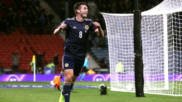 Шотландия завърши евроквалификациите в група I с домакинска победа с